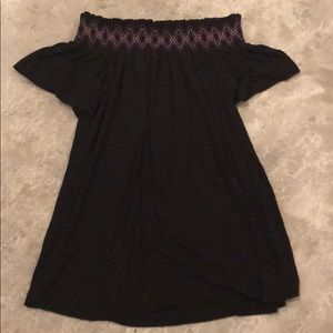Like new off the shoulder black maternity top